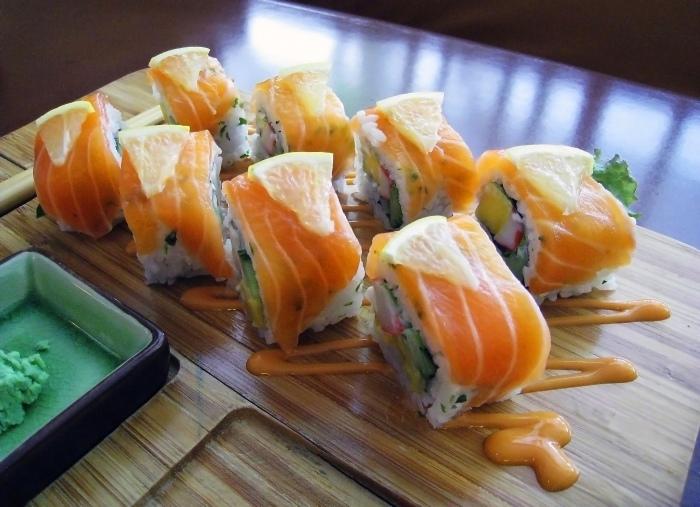 Norwegia Roll Salmon Sushi